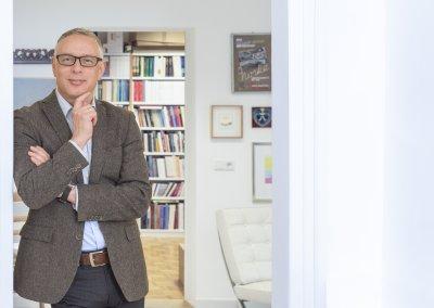 Businessportrait Mann, Bewerbungsbild Mann, Businessportrait Onlocation